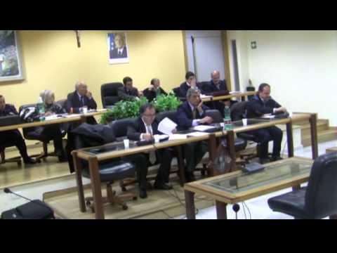 Consiglio a Lauria su Interrogazioni, Variazione di Bilancio, Cimiteri e progetto culturale