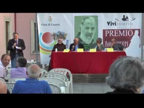 """Padre Pio """"irrompe"""" a """"Vivilauria 2013″ Presentato il libro di Rocco De Rosa"""