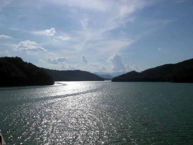 Lago-del-Pertusillo-2
