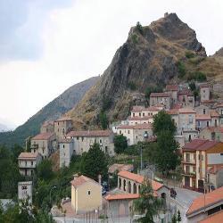 Sasso di Castalda, Scorcio