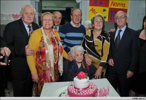 Maria Schettino Annuzzi di Maratea festeggia 100 anni