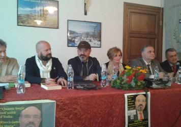 Episcopia ha ospitato lo scrittore Pino Aprile
