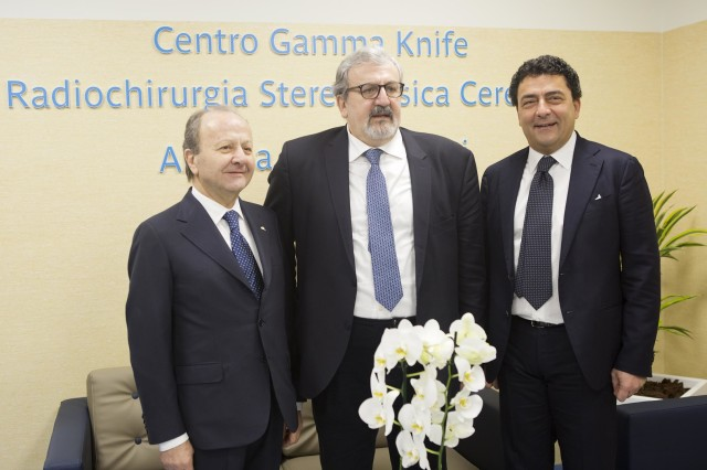 Ettore Sansavini, Presidente GVM, Michele Emiliano, presidente Regione Puglia, Giuseppe Speziale, vicepresidente GVM