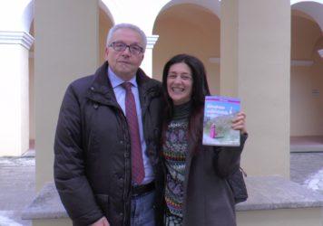 Castelluccio Inferiore: presentato il libro della marateota Simona Limongi
