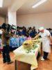 L'olio extravergine estratto dalle olive coltivate dai genitori degli alunni arriva nella mensa scolastica di Vietri di Potenza