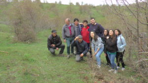 L'Alsia e gli studenti sul Pollino per imparare gli innesti a valorizzare le piante da frutto di un tempo