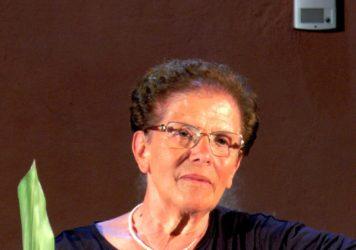 """Rosa Capodiferro ha presentato a Maratea il libro biografico """"Camminavo nella notte"""""""