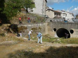 Lauria: le associazioni fanno squadra e ripuliscono il quartiere storico del Cafaro