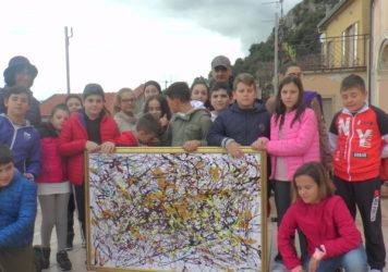 Palazzo Marangoni Lauria: studenti in visita alla mostra del maestro Fedele Barletta